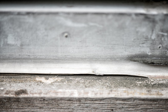 old white silicone caulk