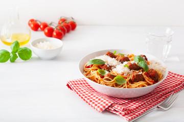 Fototapete - spaghetti with meatballs and tomato sauce, italian pasta