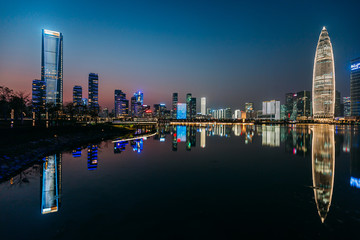 Fototapete - Nightscape of bustling and wealthy ShenZhen City in China