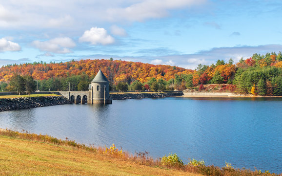 Saville Dam on a sunny fall day