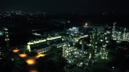 Fotomurales - oil refining at night shoot by drone