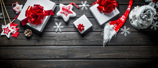 White Christmas gift boxes with Christmas decorations.