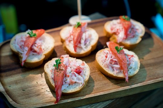 snow crab canape,cocktail party food