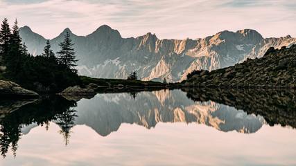 Wandern am Dachstein in der Steiermark in Österreich