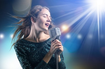 Singer. Fotobehang