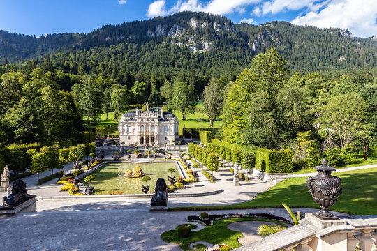 Landschaftsaufnahme Schloss Linderhof, Bayern