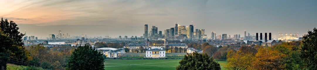 Wall Murals London Panoramic view of London city skyline at dusk from Greenwich Park