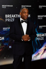 LeVar Burton attends the eighth annual Breakthrough Prize awards in Mountain View