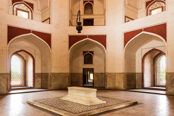 Isometric view on Cenotaphs in a side room inside main Building of Humayuns Tomb Complex. Delhi, India, Asia.