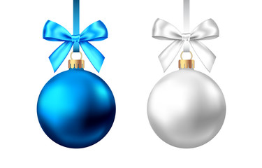 Fotomurales - Realistic  blue, silver  Christmas  balls  with bow on white background.