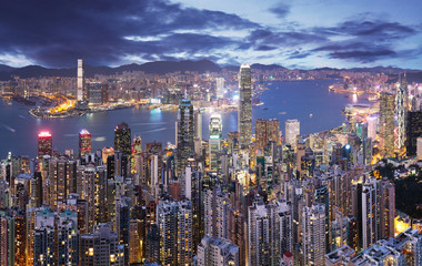 Photo sur Aluminium Hong-Kong Hong Kong skyline at night from Victoria peak