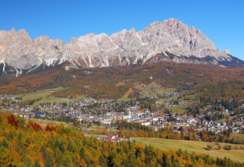 Wall Mural - Alpine autumn landscape in the Ampezzo Dolomites, Italy