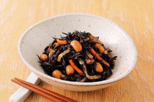 ひじきの煮物 Simmered Hijiki Seaweed and Soybeans, chopped carrot.
