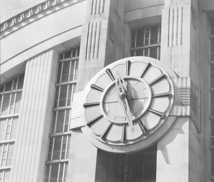 Cincinnati Union Terminal, clock on east front, constructed in 1933, partially demolished in 1974, Cincinnati, Ohio, photograph circa early 1970s