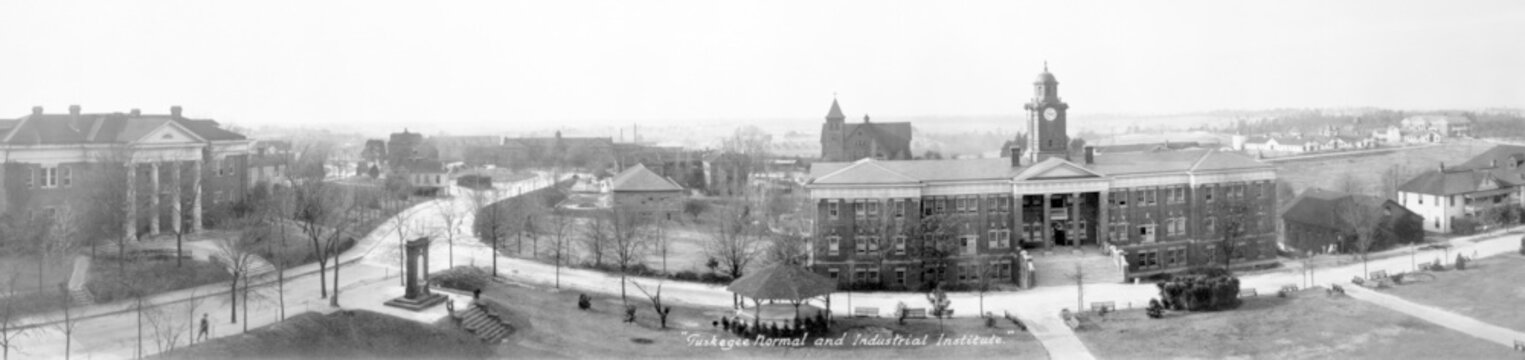Tuskegee Normal and Industrial Institute. Tuskegee, Alabam ca. 1915