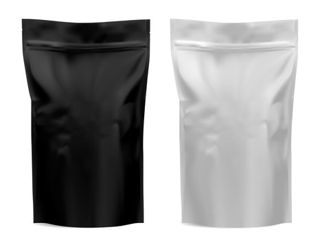 Coffee package. Foil bag mockup. Flour, tea paper pouch blank design. Black and white food product mock up. Realistic plastic 3d template for pasta. Dog chips snack silver sachet. Sack blank