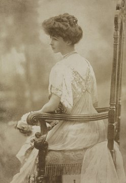 Consuelo Vanderbilt as a young woman, c. 1895-1905. She was in an arranged and loveless marriage