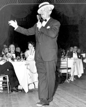 Maurice Chevalier at New York's April in Paris ball, 1961