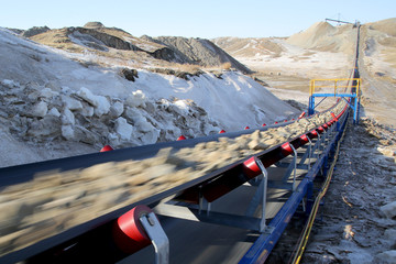 Industrial conveyor belt moves ore from a quarry