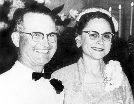 Mr. and Mrs. Herbert Clutter murdered in Kansas, 1959