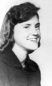 Nancy Clutter murdered in Kansas, 1959
