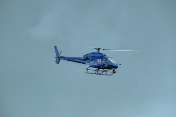 hélicoptère de tournage télévision