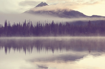 Poster Morning with fog Lake in Oregon