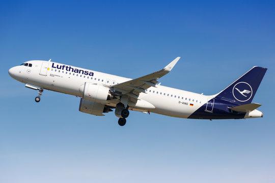 Lufthansa Airbus A320neo airplane Stuttgart airport