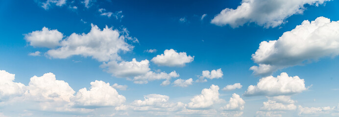 blue sky and clouds background Fotobehang