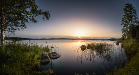 Fotorollo Entspannung Calm and relax scenery at twilight sunset over big swamp lake in Estonia