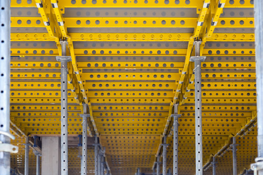Yellow flexible slab formwork for concrete pouring