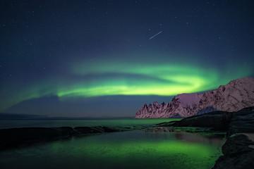 Northern lights, Aurora Borealis, Devil Teeth mountains in the background, Tungeneset, Senja, Norway