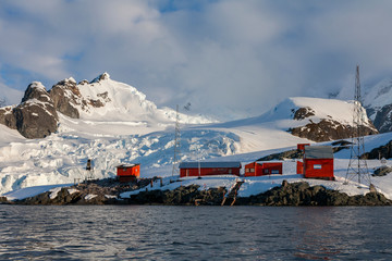 Deurstickers Antarctica Almirante Brown Research Station - Paradise Bay - Antarctica