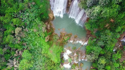 Wall Mural - Thi Lo Su (Tee Lor Su) in Tak province. Thi Lo Su waterfall the largest waterfall in Thailand.