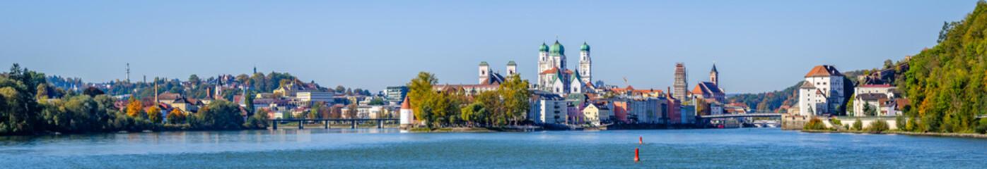 Türaufkleber Schiff passau - bavaria - old town