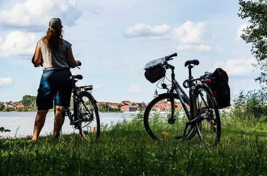 Radfahren an der Müritz Blick auf Waren