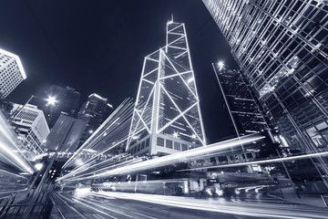 traffic in central district of Hong Kong city at night Fotomurales