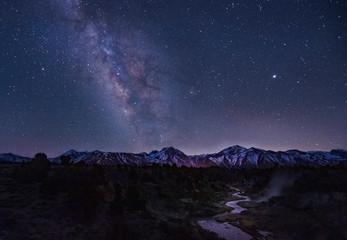 Foto auf Gartenposter Nordlicht Milky way above the Sierra Nevada Mountains, California, USA.