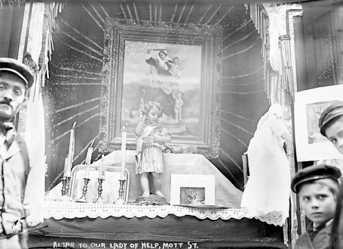 Little Italy, Altar to Our Lady of Help, Mott St., New York, 1908