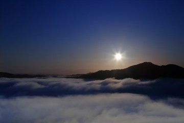 栃木県茂木町 鎌倉山の雲海 ( Sea of clouds at Mt.Kamakura, Motegi, Tochigi, Japan )
