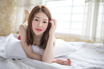 LWTWL0025398 sexy woman on Tatami Fototapete
