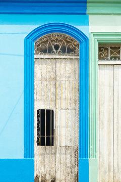 white door , baracoa - cuba