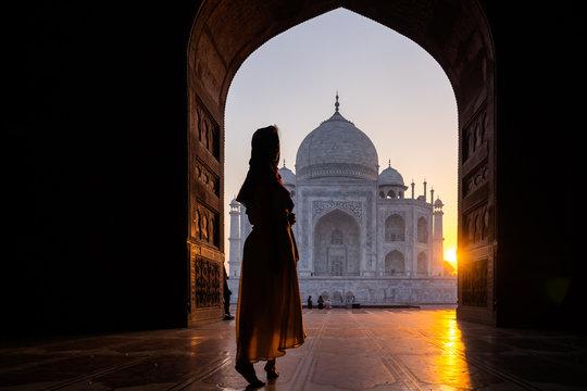Stepping into a world wonder, Taj Mahal India