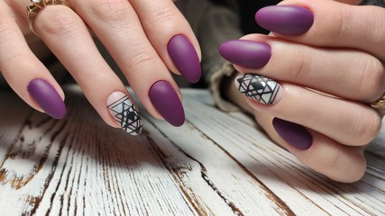 Foto op Plexiglas Manicure Trendy manicure design on a beautiful background.