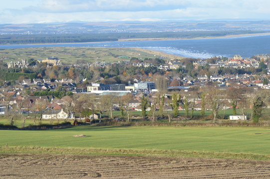 Views over St Andrews town, golf courses and Bay, from Pipeland Hill