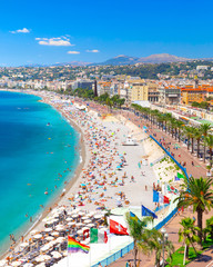 Fotorollo Nice Promenade des Anglais in Nice, France. Nice is a popular Mediterranean tourist destination, attracting 4 million visitors each year