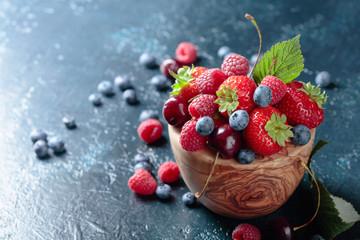 Berries closeup colorful assorted mix. Fototapete