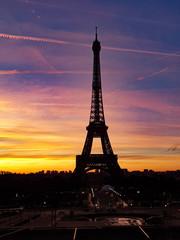 Autocollant pour porte Paris eiffel tower at sunset - sunrise