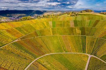 Drohnenaufnahme, Herbst, Weinberge bei Schnait, Remstal, Baden Württemberg, Deutschland