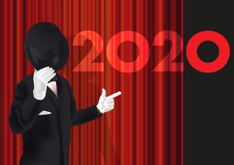 Carte de vœux 2020 avec un homme en costume qui présente la nouvelle année en ouvrant le rideau rouge sur une scène de spectacle.
